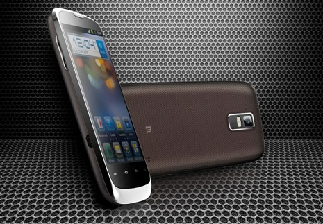 ZTE presents the PF200 and N910 smartphones, with Android 4.0 ICS
