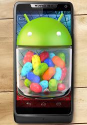Motorola RAZR i currently receiving the Jelly Bean update