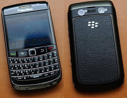 BlackBerry Bold 9700 phone photo gallery, official photos